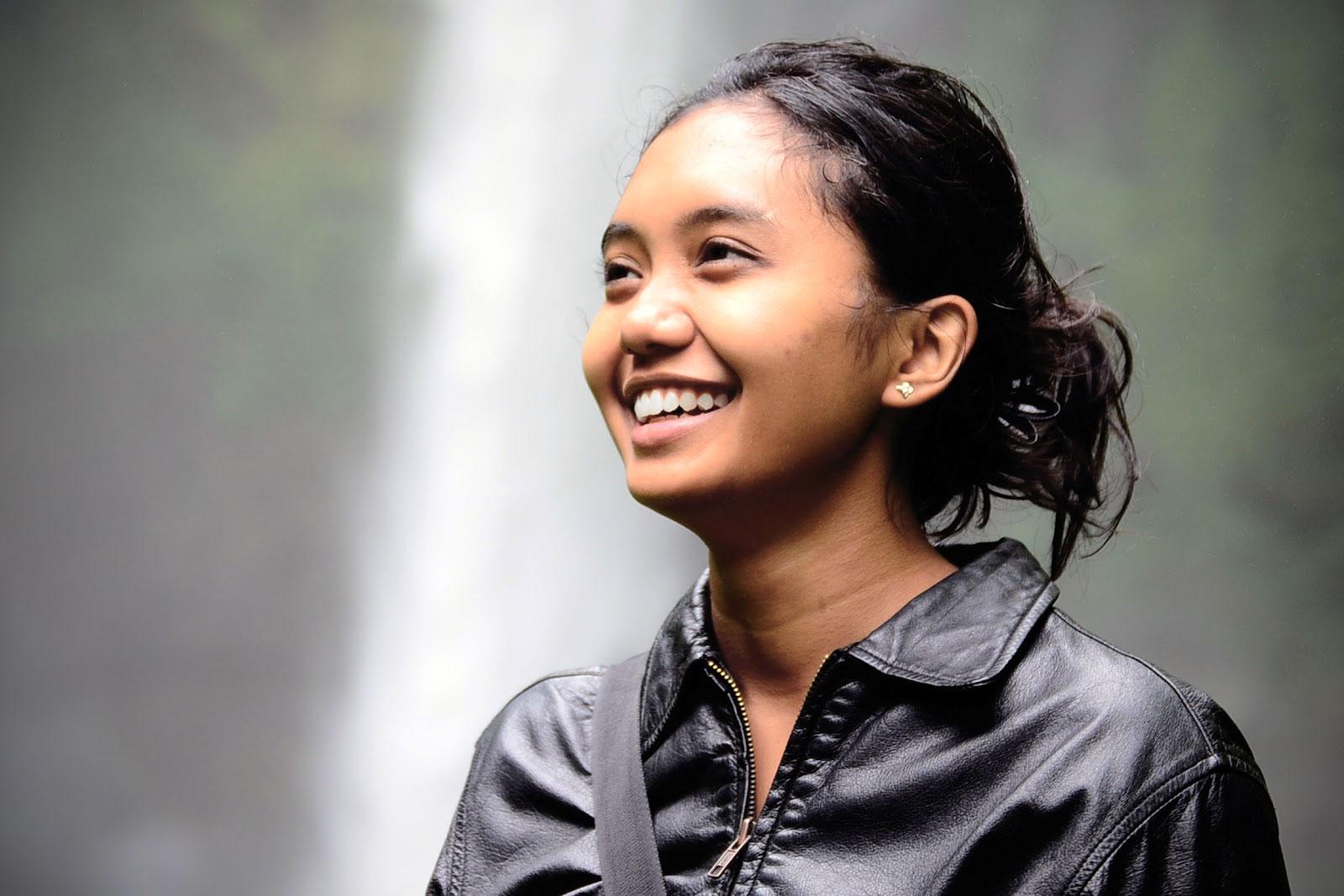 indo_smile