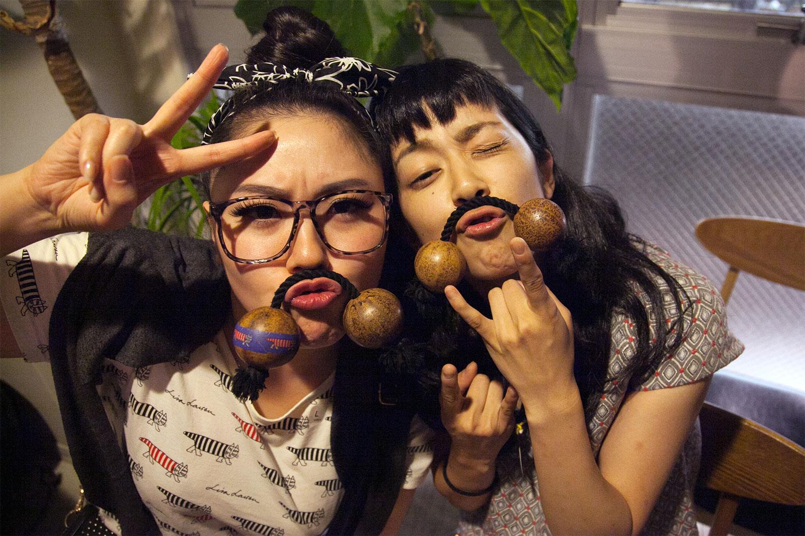 osaka asian personals Local osaka, osaka, japan singles looking to hookup, girls and boys, chat, parties and casual sex fun.