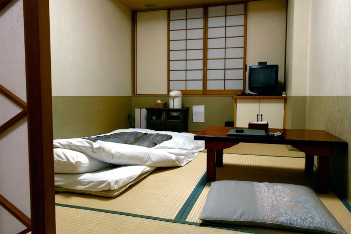 6 ways to find furniture for your japanese apartment for Best place to buy furniture for first apartment