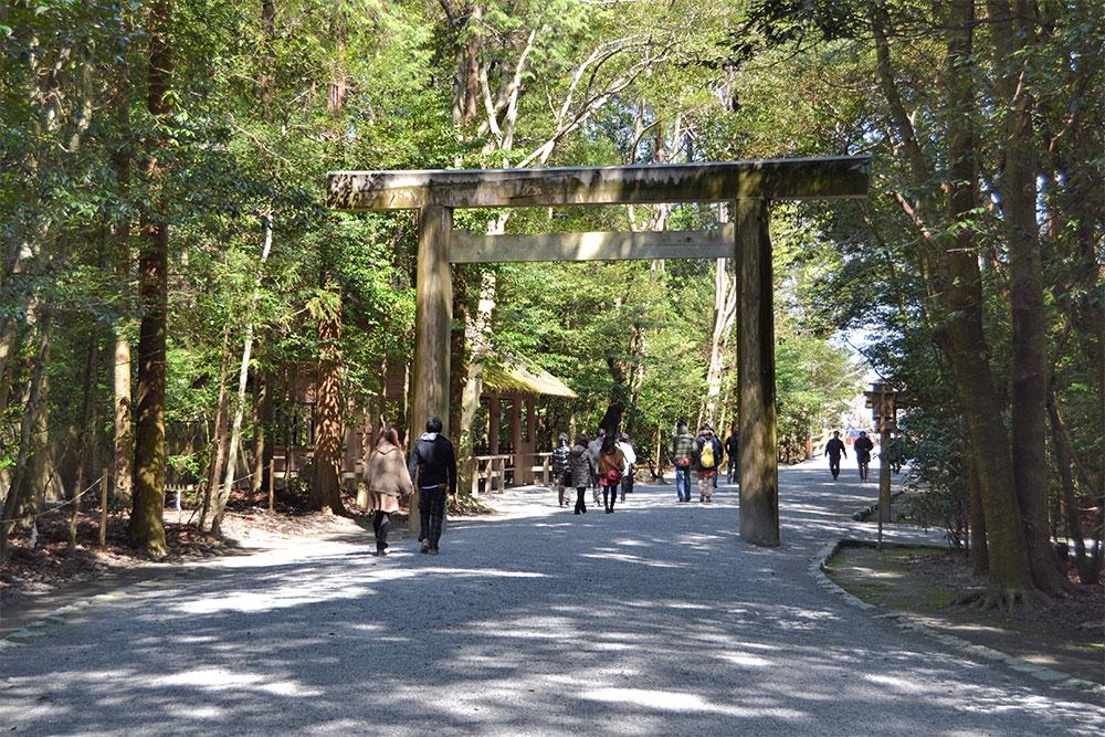 ise-shrine-2