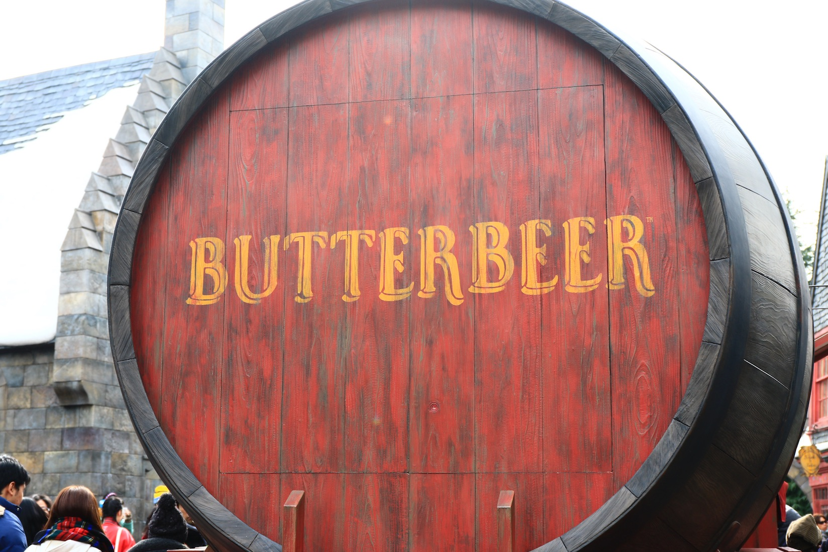 Photo of Oak Barrel Containing BUTTERBEER