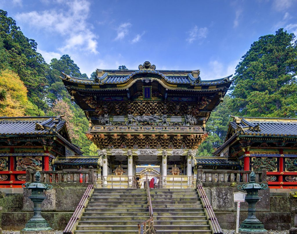 An Introduction to: Japanese Shrines and Temples