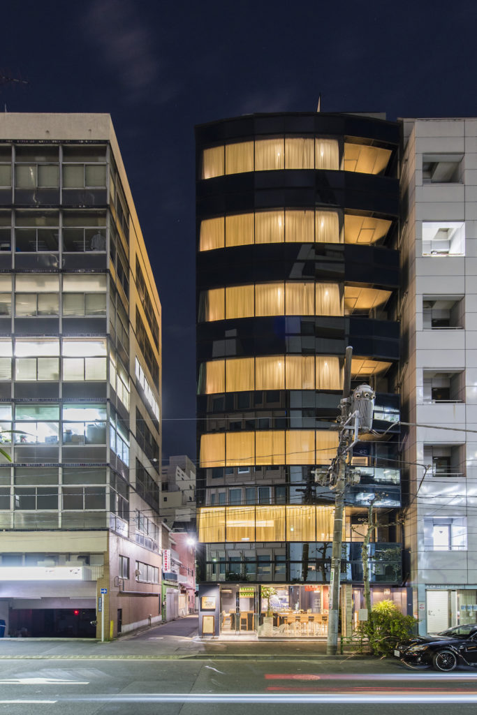 Grids Hotel + Hostel Nihombashi Exterior At Night