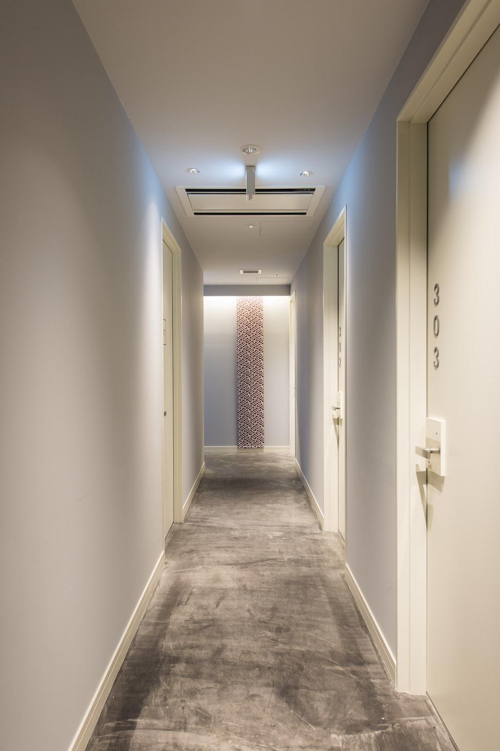 Grids Hotel + Hostel Nihombashi Hallway