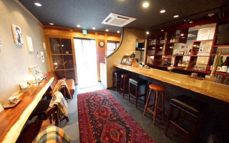 Mosaic Hostel Bar:Lounge Downstairs