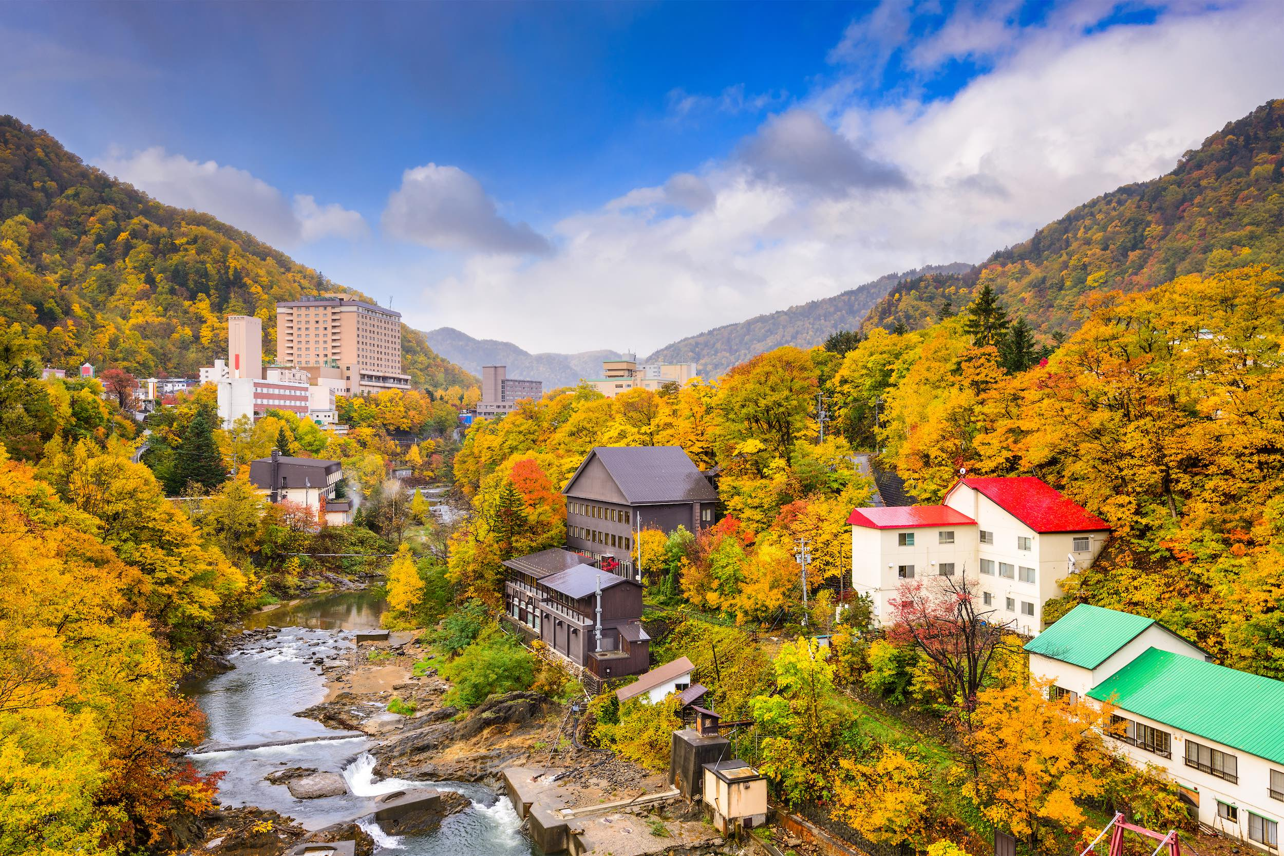 10 Places To Experience The Best Of Autumn In Japan