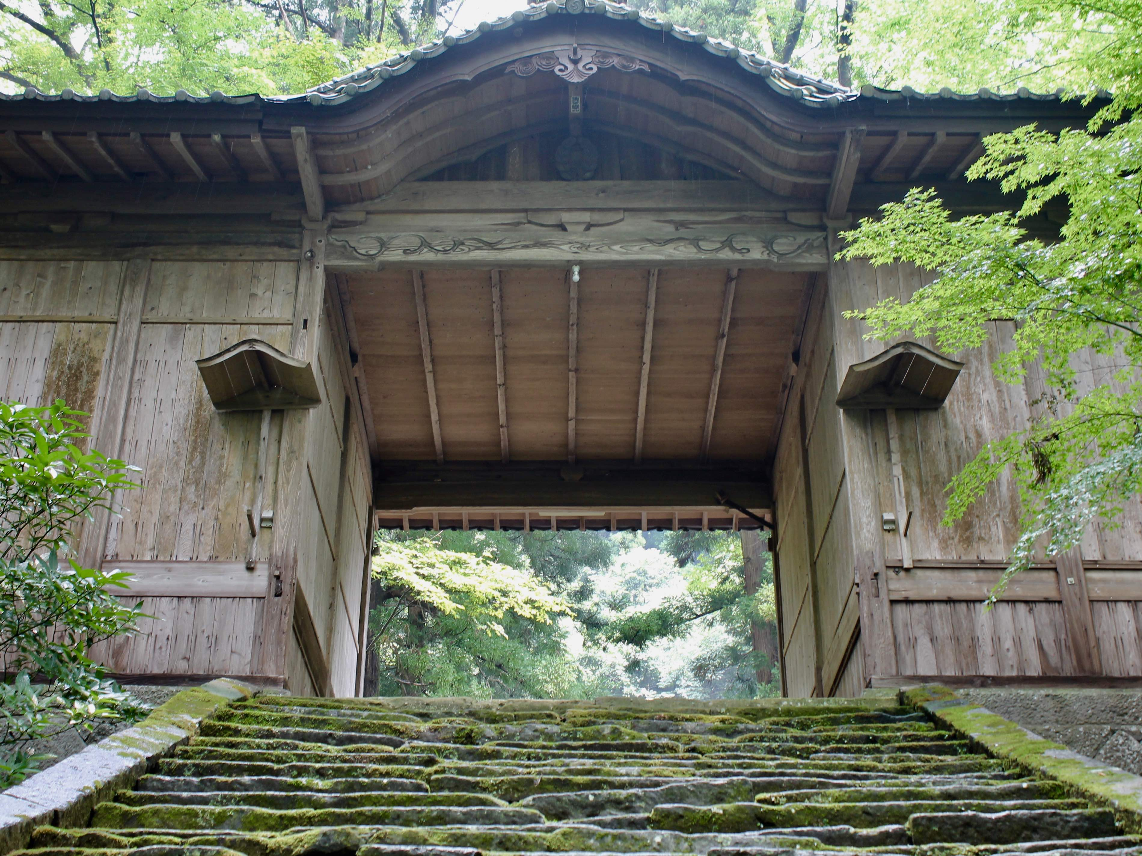 Harajiri Falls shrine