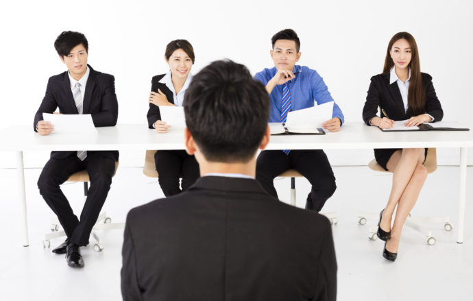Winging It: 5 Keys to Navigating Your First Job Interview in Japanese