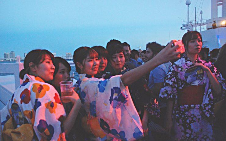 Noryosen Yukata Boat Cruise 11