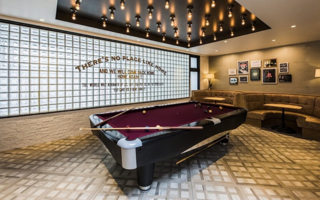 Billiards table Films Wako by Social Apartment