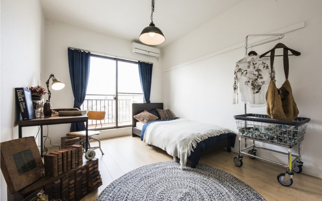 Furnished room at Films Wako by Social Apartment