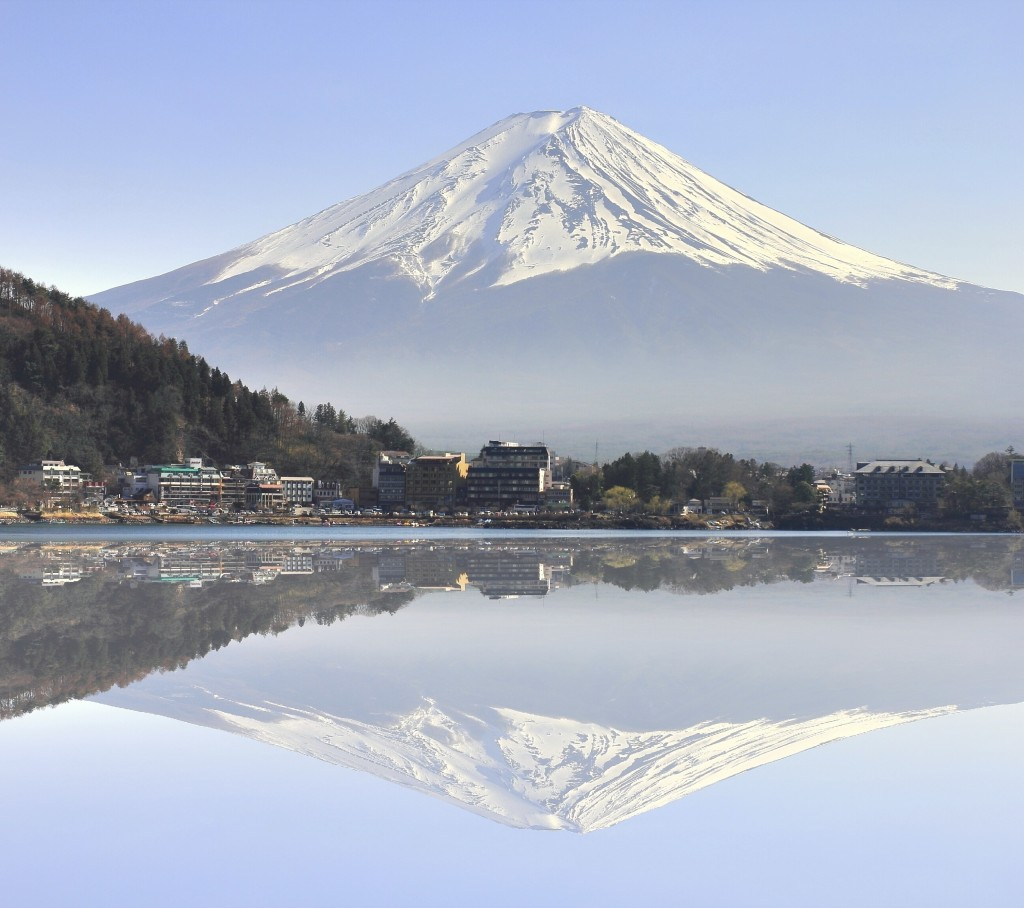 how to get to fuji mountain on november