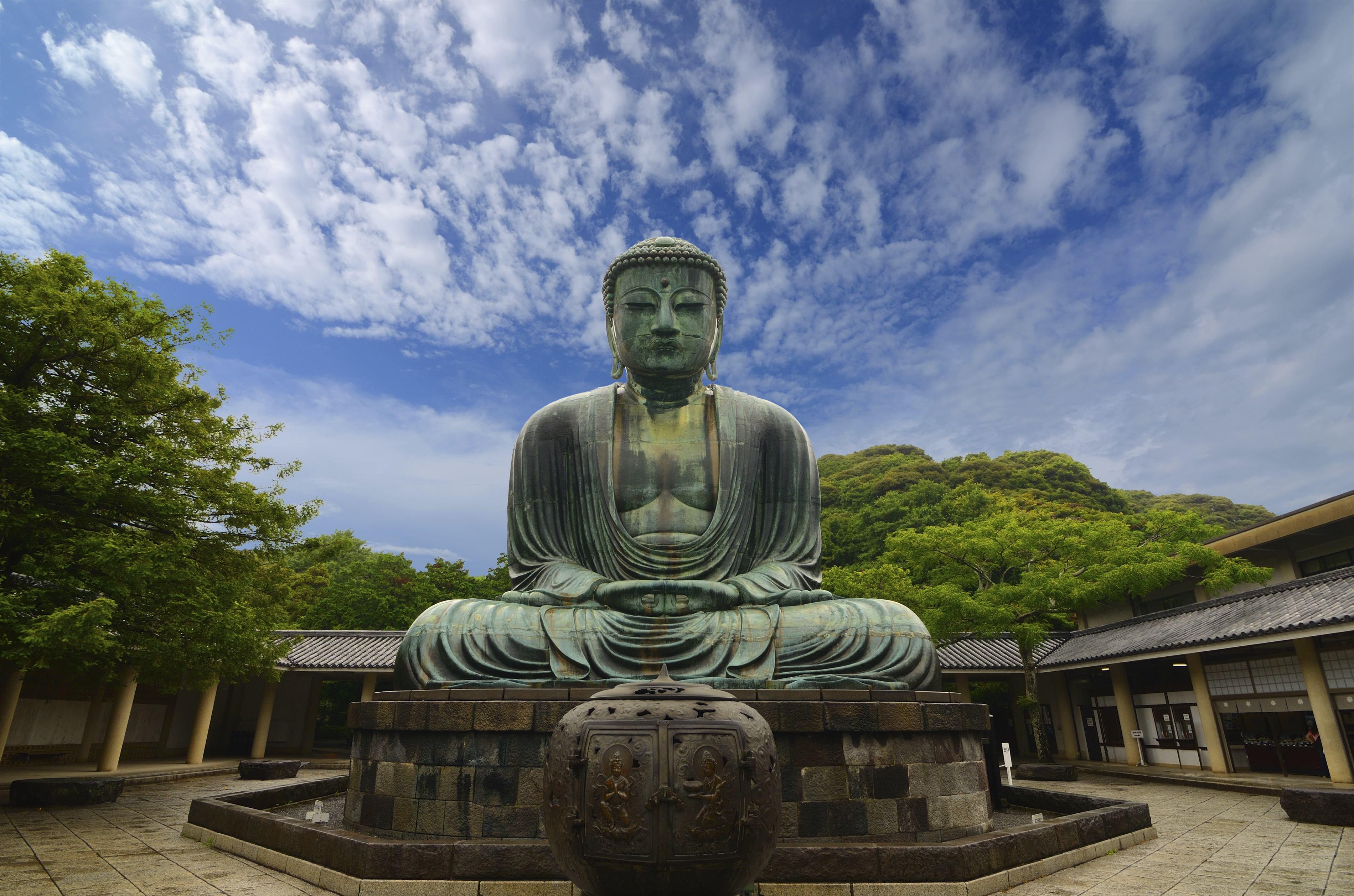 Kamakura Daibutsu (Great Buddha) - GaijinPot Travel