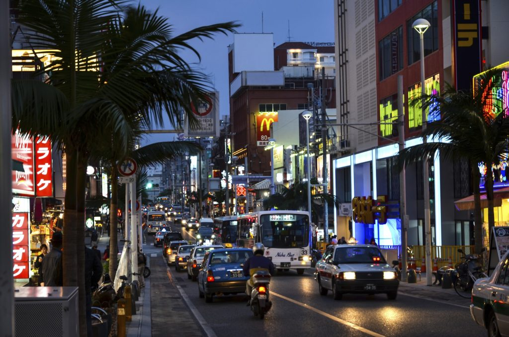 Wandering along this popular shopping strip is an adventure as it's packed with quirky souvenir shops, funky street vendors, and a slew of neighborhood joints to drink, dine, and unwind.